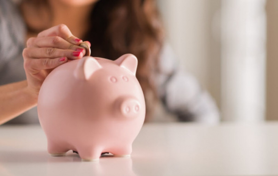 8 Ways to Save Your Money Effectively: Budget Management